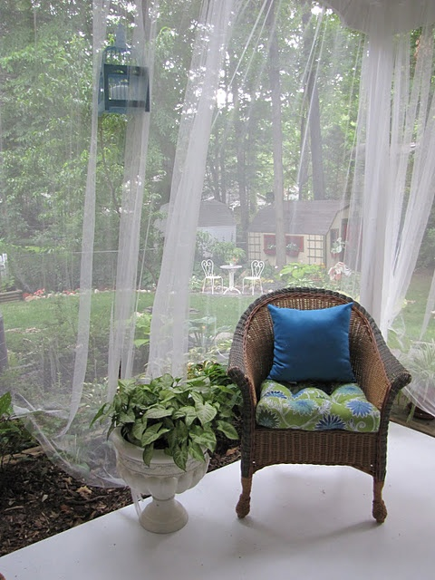 cute-and-practical-mosquito-net-ideas-for-outdoors-27
