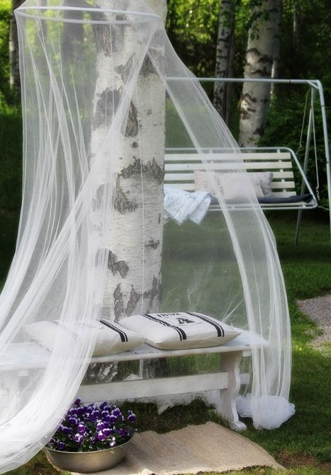 cute-and-practical-mosquito-net-ideas-for-outdoors-32