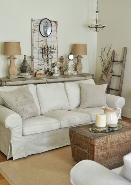 enchanted-shabby-chic-living-room-designs-12