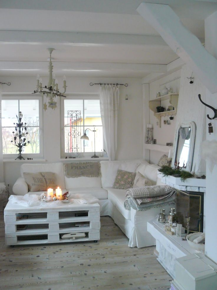 enchanted-shabby-chic-living-room-designs-13