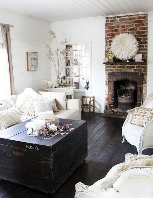enchanted-shabby-chic-living-room-designs-20