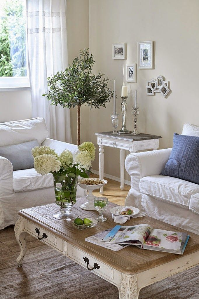enchanted-shabby-chic-living-room-designs-22