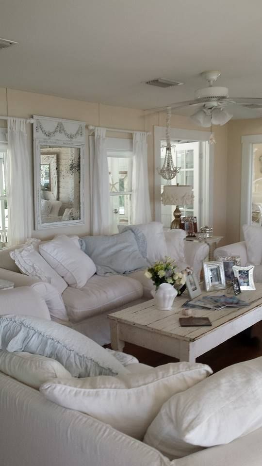 enchanted-shabby-chic-living-room-designs-37