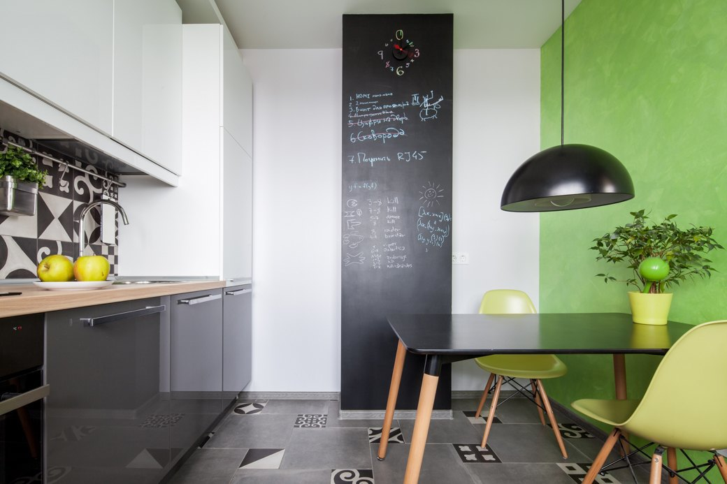 42-square-meters-apartment-with-a-smart-design-and-bright-accents-8