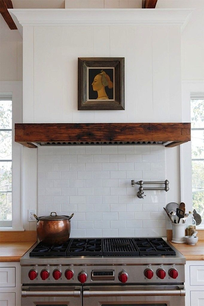cool-vent-hoods-to-accentuate-your-kitchen-design-18