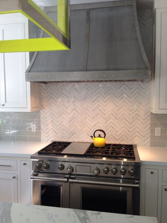 cool-vent-hoods-to-accentuate-your-kitchen-design-28