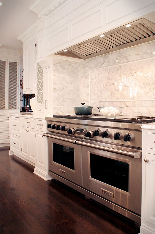 cool-vent-hoods-to-accentuate-your-kitchen-design-29