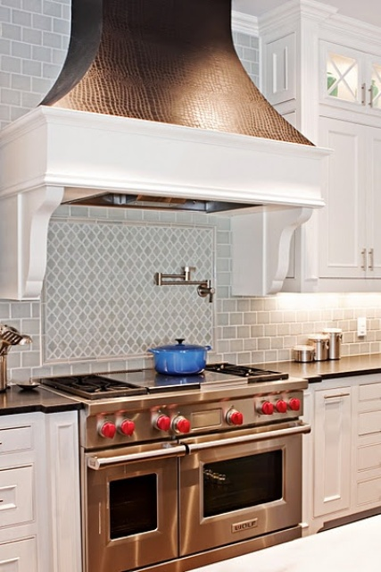 cool-vent-hoods-to-accentuate-your-kitchen-design-33