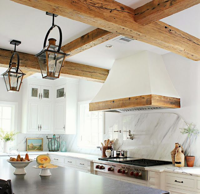 cool-vent-hoods-to-accentuate-your-kitchen-design-47