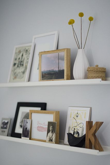 cool-ways-to-use-picture-ledges-for-home-decor-9