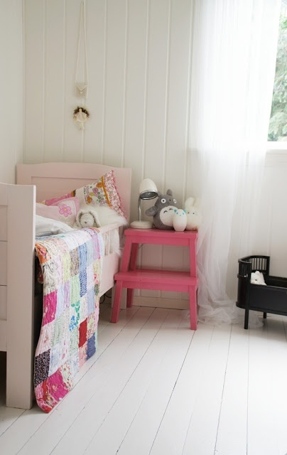 how-to-rock-ikea-bekvam-stool-in-your-interiors-21
