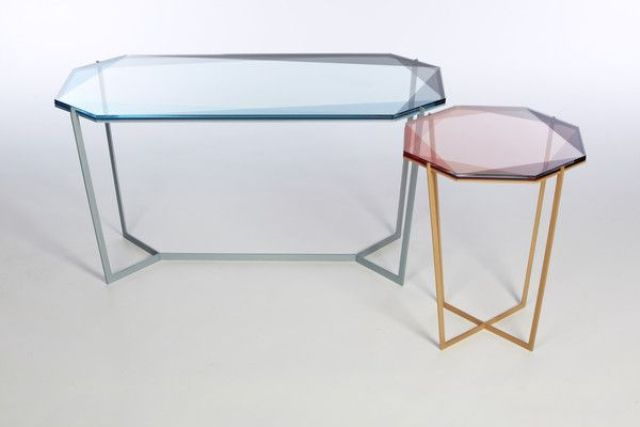 impressive-glass-top-coffee-tables-that-inspire-27