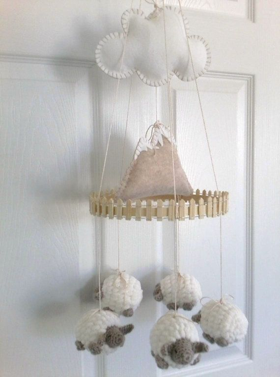 incredibly-cute-and-dreamy-nursery-mobiles-30