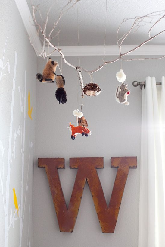 incredibly-cute-and-dreamy-nursery-mobiles-9