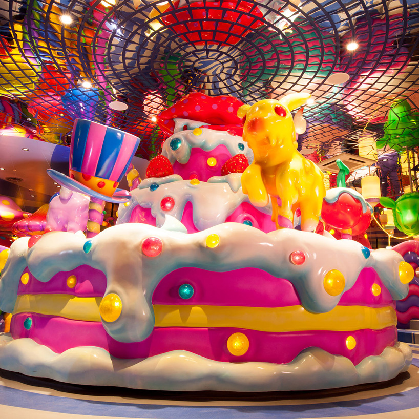 kawaii-monster-cafe_designboom_001