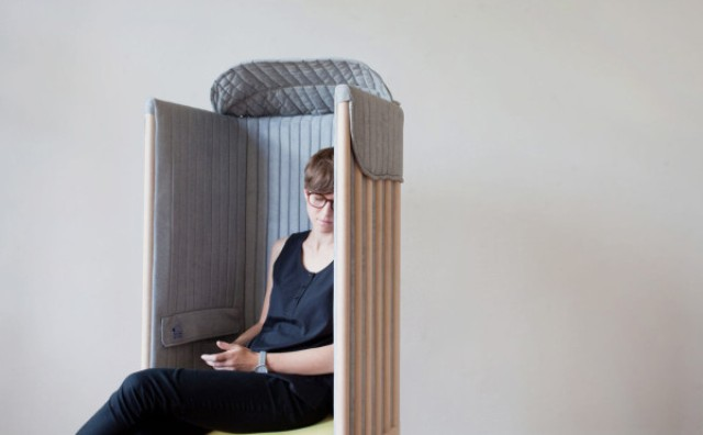 offline-chair-to-forget-about-your-phone-for-a-while-6