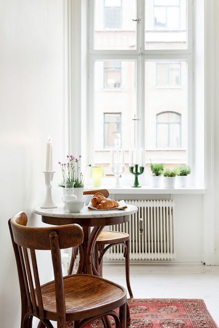 tiny-and-cozy-dining-areas-for-every-home-33