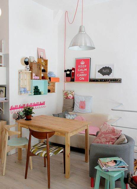 tiny-and-cozy-dining-areas-for-every-home-35