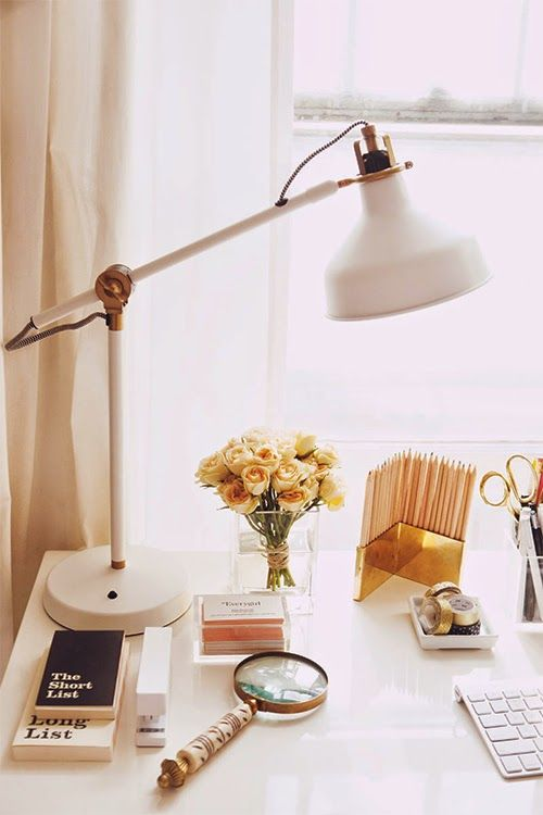 ways-to-incorporate-ikea-ranarp-lamp-into-home-decor-17