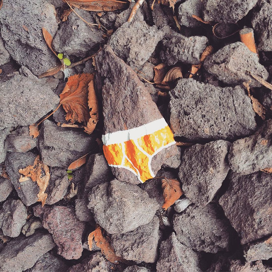The-Original-Sin-Project-Painting-Underpants-in-the-city-is-my-way-to-criticise-censorship5__880