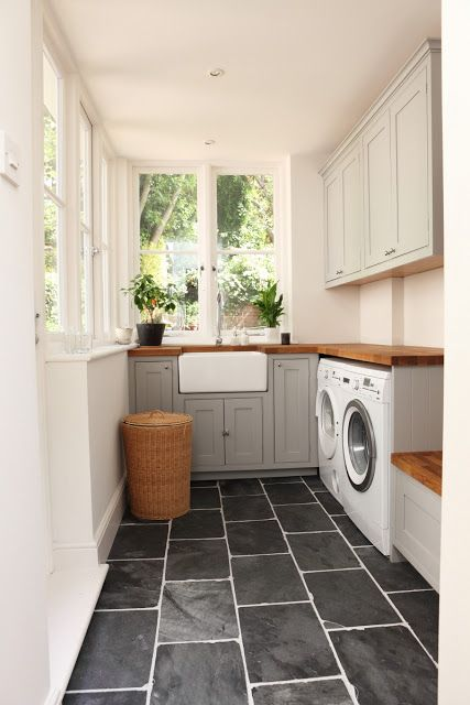 creative-laundry-spaces-you-should-have-a-look-at-10