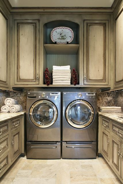 creative-laundry-spaces-you-should-have-a-look-at-32