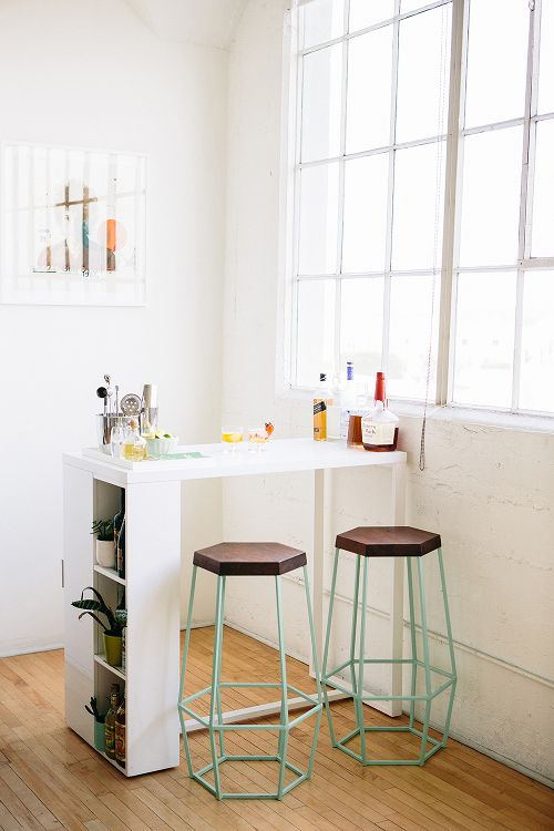 mini-bar-designs-you-should-try-for-your-home-14