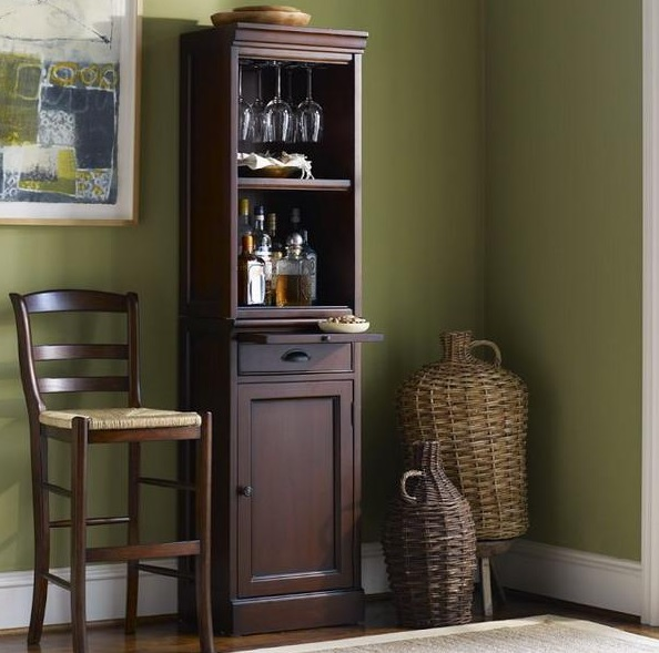 mini-bar-designs-you-should-try-for-your-home-7