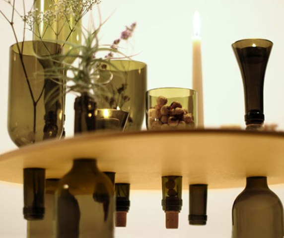 side-tables-from-reused-bottles-and-wooden-tops-2