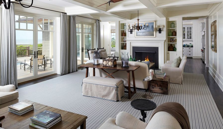 smart-ways-to-mix-a-sofa-with-tables-and-chairs-18