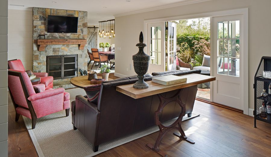 smart-ways-to-mix-a-sofa-with-tables-and-chairs-19