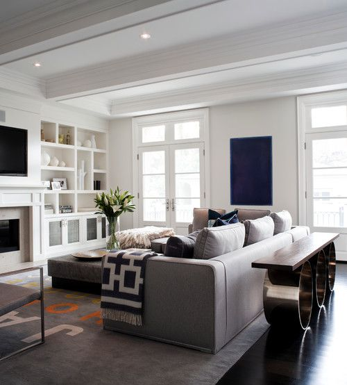 smart-ways-to-mix-a-sofa-with-tables-and-chairs-27