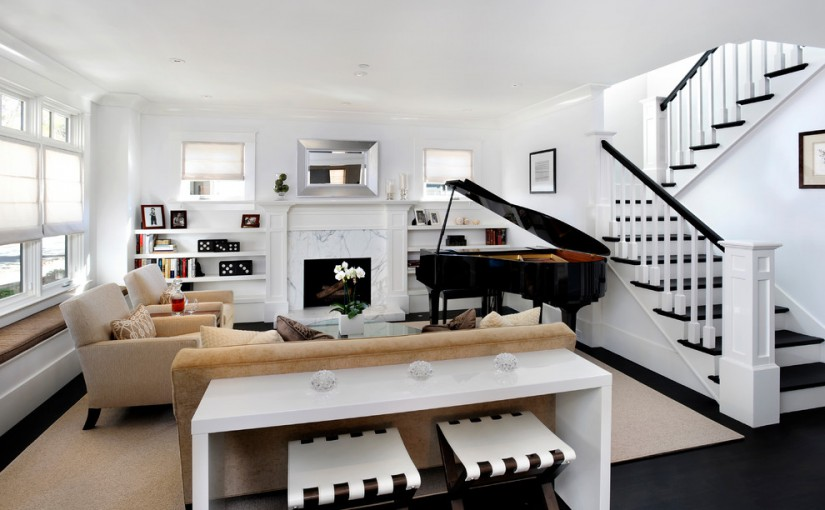 smart-ways-to-mix-a-sofa-with-tables-and-chairs-4
