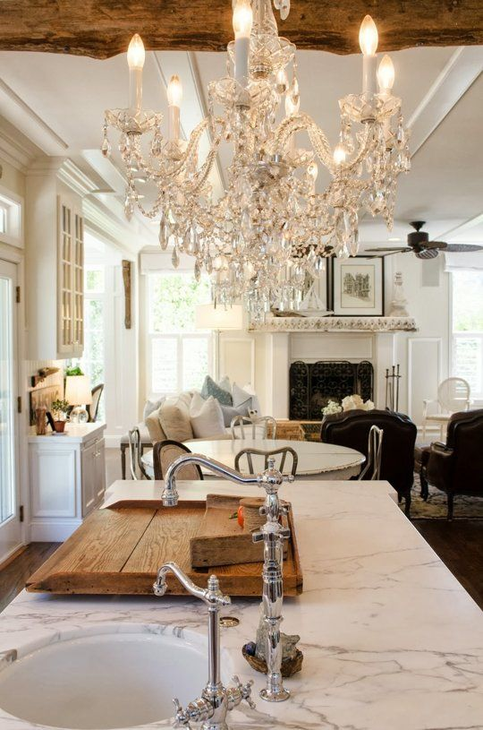 beautiful-glam-kitchen-design-ideas-to-try-10