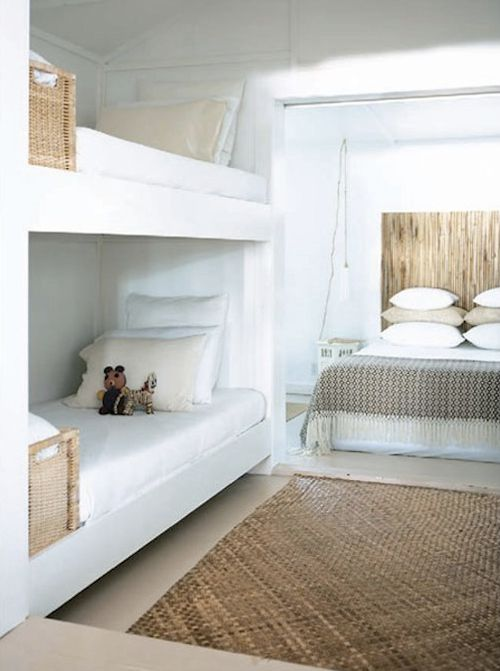 cool-and-functional-built-in-bunk-beds-for-kids-15