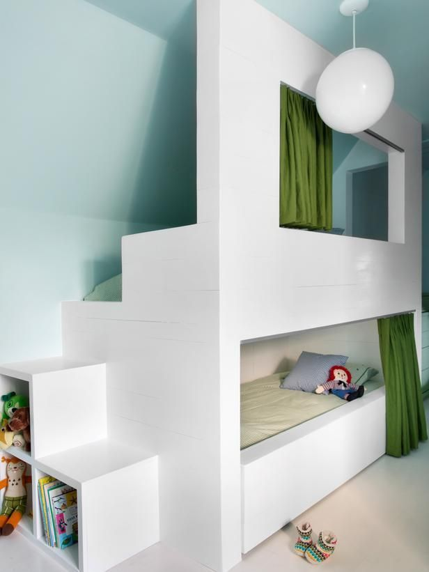 cool-and-functional-built-in-bunk-beds-for-kids-16