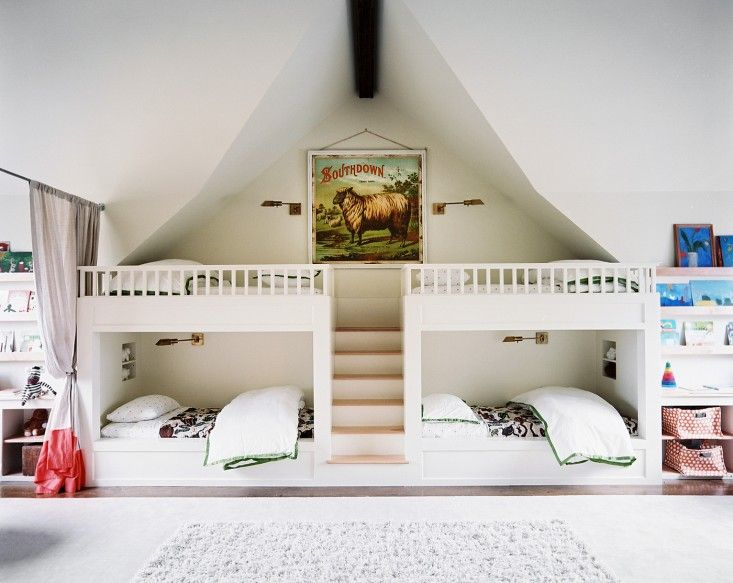 cool-and-functional-built-in-bunk-beds-for-kids-17
