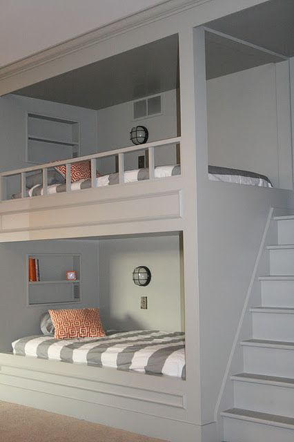cool-and-functional-built-in-bunk-beds-for-kids-2