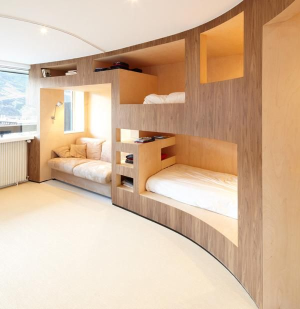 cool-and-functional-built-in-bunk-beds-for-kids-20