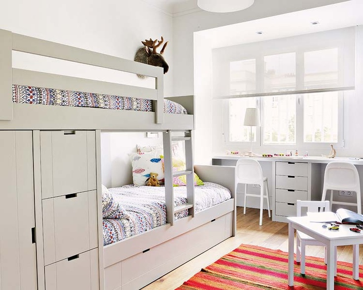 cool-and-functional-built-in-bunk-beds-for-kids-26