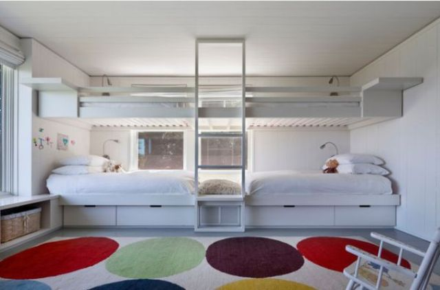 cool-and-practical-bunk-beds-for-more-than-two-kids-23