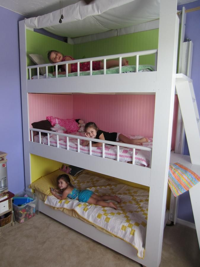 cool-and-practical-bunk-beds-for-more-than-two-kids-6