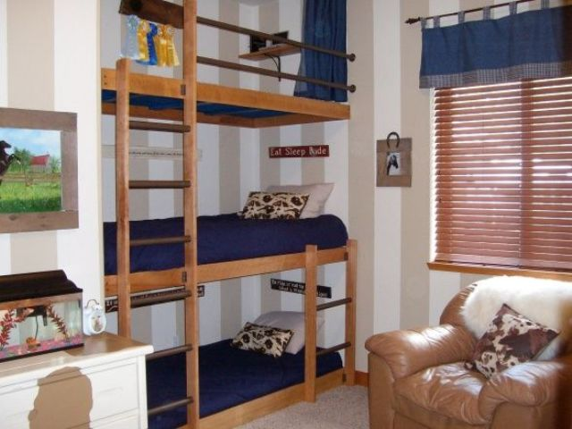 cool-and-practical-bunk-beds-for-more-than-two-kids-9