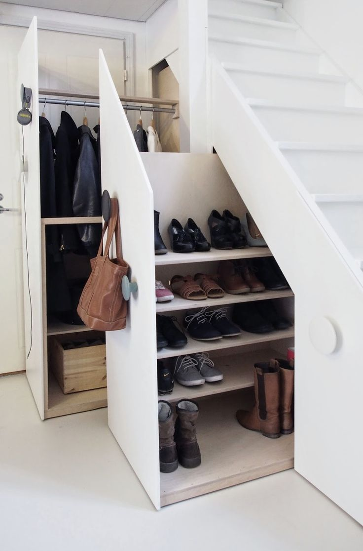 creative-clothes-storage-solutions-for-small-spaces-10