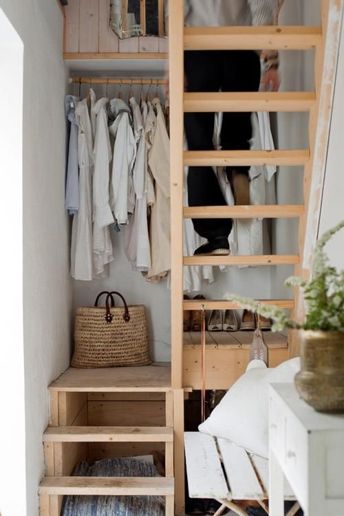 creative-clothes-storage-solutions-for-small-spaces-18