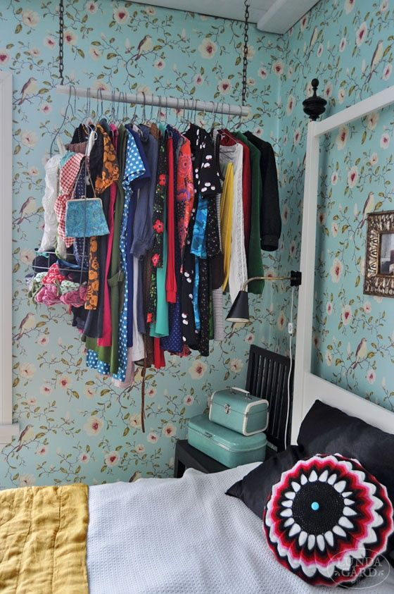 creative-clothes-storage-solutions-for-small-spaces-6