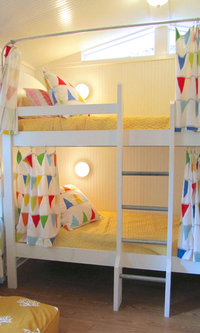 functional-kids-bunk-beds-with-lights-6