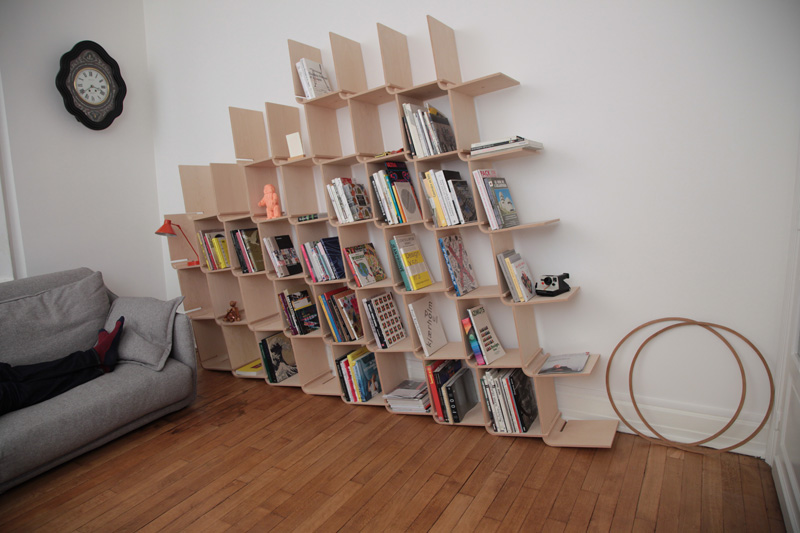 l-shelf-system-made-from-simple-bent-wood-pieces-2