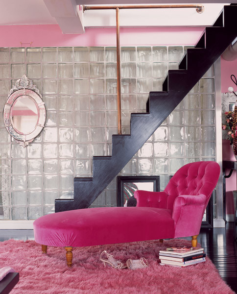 metallic-grey-and-bold-pink-home-decor-ideas-1