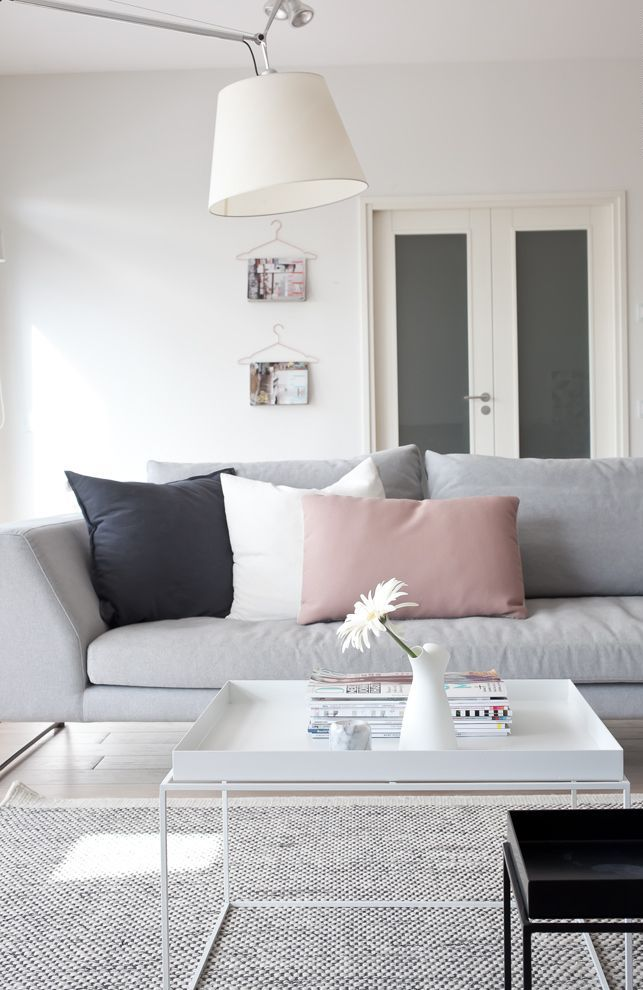 metallic-grey-and-bold-pink-home-decor-ideas-15